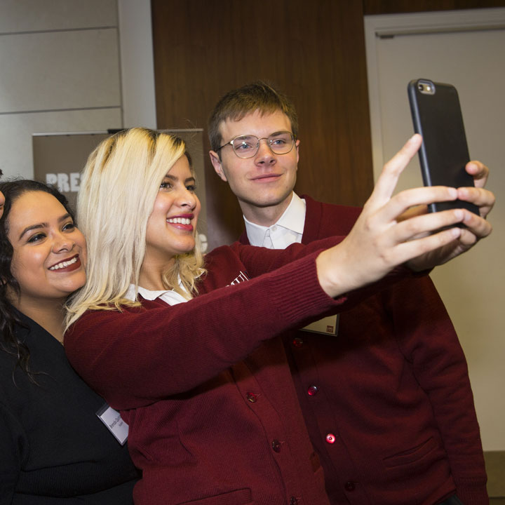 eis students doing a selfie photo